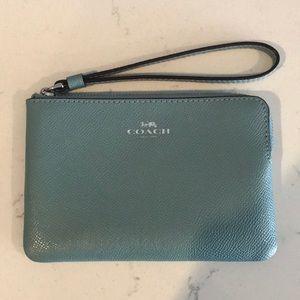 New zip Coach wallet
